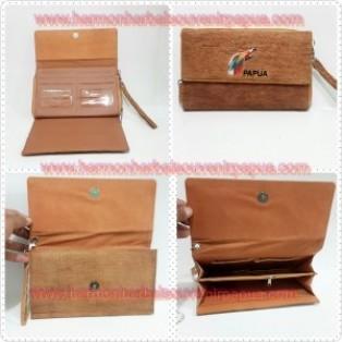 Dompet Kulit Kayu Besar