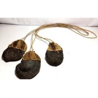Kalung Batu Fosil Papua